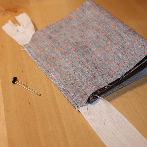 Reißverschluss-Tasche versäubern