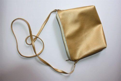 Silberne Handtasche für den Abend | fetzich