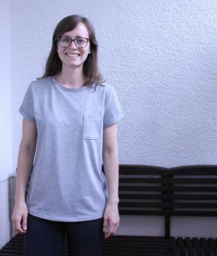 T-Shirt Ava getragen