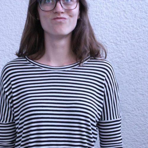 Nahaufnahme Strick Streifenshirt
