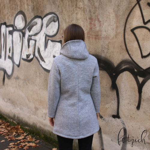 Walkmantel Rückansicht2 - Sportlicher Mantel jErika aus Wollwalk