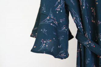 "Bonn Kleid Titelbild 330x220 - Blusenkleid ""Bonn"" mit Volant-Ärmeln"