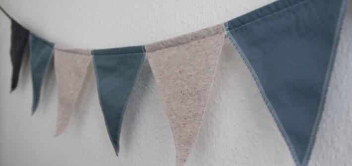 Wimpelkette aus Stoffresten für's Kinderzimmer